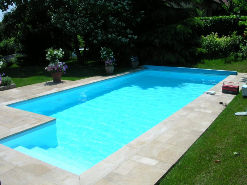 Accueil la belle bleue for Accessoire piscine 74